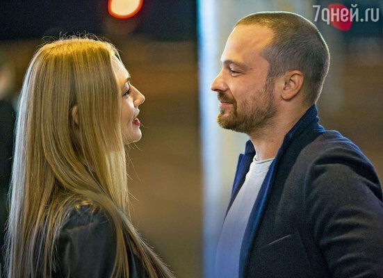 Оксана Акиньшина и Алексей Чадов