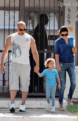 «С тех пор как стал отцом, мне приходится хорошо подумать, прежде чем снимать сцену, где я вполне могу убить себя»