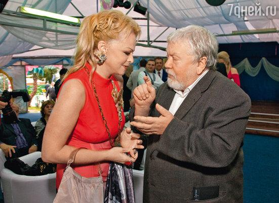 Юбилярша с Сергеем Соловьевым