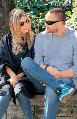 Со своим нынешним любовником, охранником Мартином Кристеном. Лос-Анджелес, январь 2012 г.