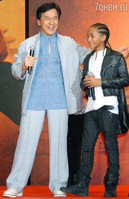 Джейден Смит, по признанию Джеки Чана, это молодой Джеки Чан! Кадр из фильма «Каратэ-пацан»