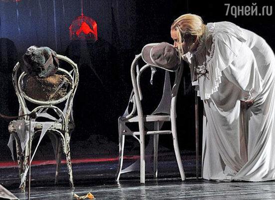 Спектакль «Я - чайка» в театре Джигарханяна