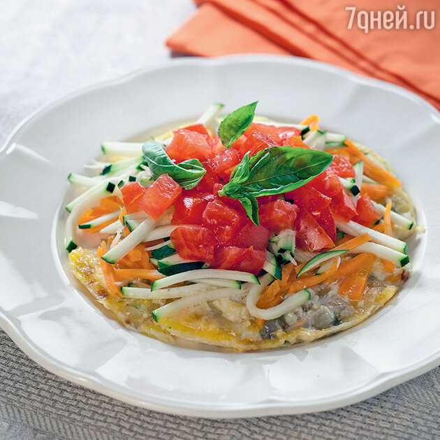 Яичница с цукини, морковью и помидорами