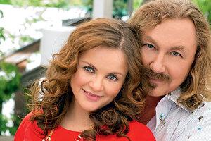 ВИДЕО: Юлия Проскурякова и Игорь Николаев отмечают важную дату