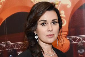 Анастасия Заворотнюк прокомментировала свадьбу дочери