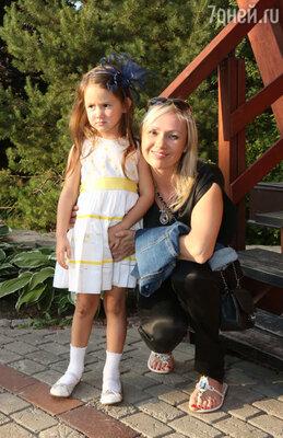 Мария Бутырская с дочерью