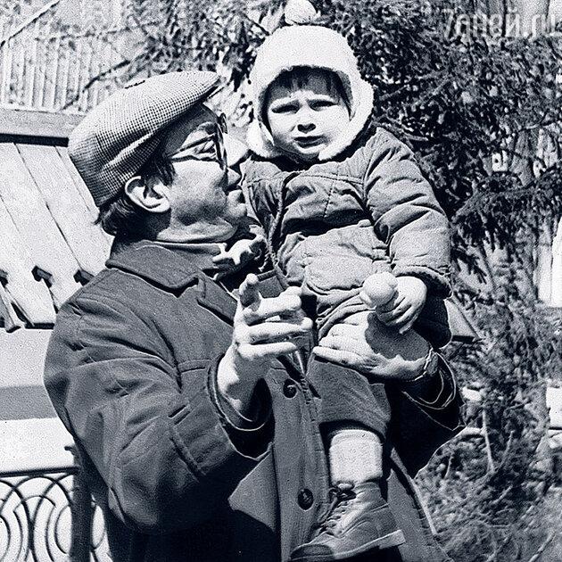 Никита Подгорный с дочерью Дашей