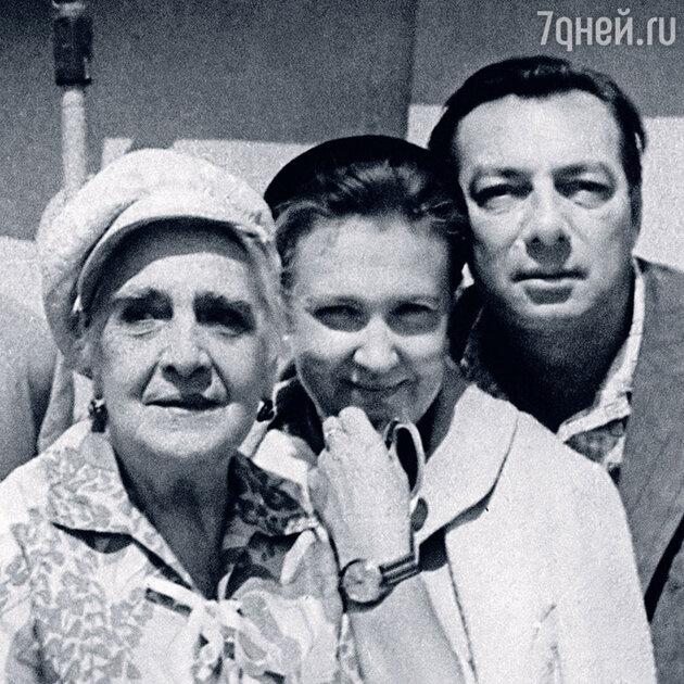 Елена Гоголева, Ольга Чуваева и Никита Подгорный