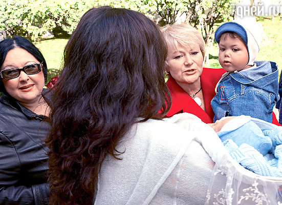 ...и бабушки — Светлана Владимировна и Татьяна Анатольевна
