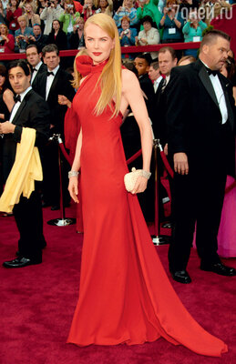 Церемония вручения премии «Оскар». Николь Кидман с самым модным клатчем сезона — «Bottega Veneta Knot». 2007 г.