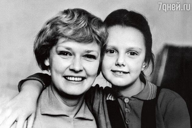 Нина Гребешкова с дочерью Оксаной