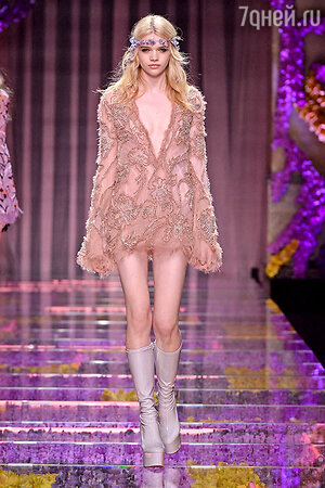 Показ Atelier Versace