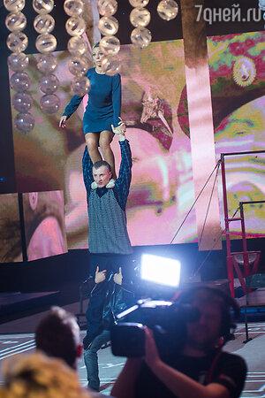 Ирина Салтыкова, Василий и Никита Онищенко