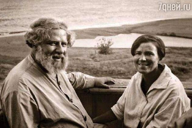 Максимилиан Волошин с женой Марией