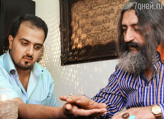 Реза Нороллахи — ученик, помощник и друг Мохсена в одном лице.