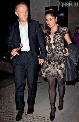 Сальма Хайек со своим супругом, французским миллиардером Франсуа-Анри Пино, владельцем империи люкс, включающей в себя в том числе и многие знаменитые Дома моды
