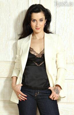 Тина Канделаки - ведущая новой телепередачи «Самый умный кадет»