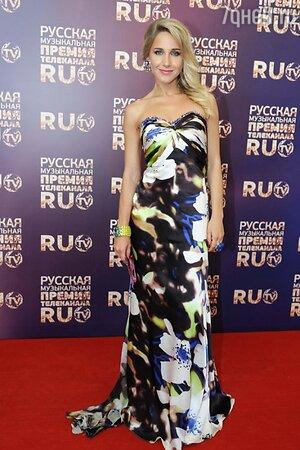 Юлия Ковальчук на вручении премии «RU.TV-2013»