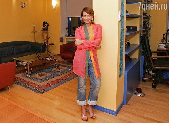 В своей большой квартире Жанна пока живет одна