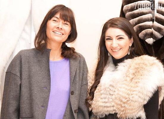 Оксана Робски и дизайнер Виолетта Нахимова