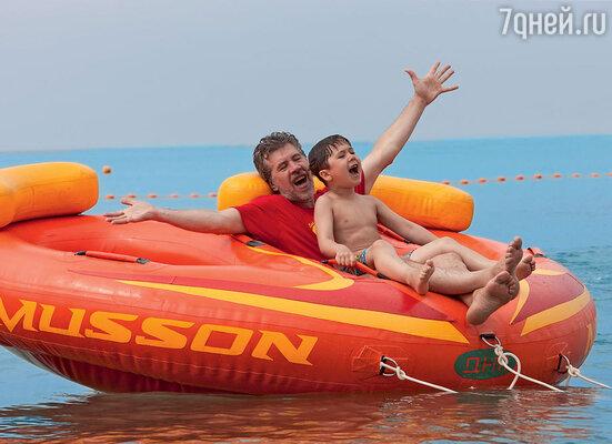 Валерий Яременко с сыном Кузьмой