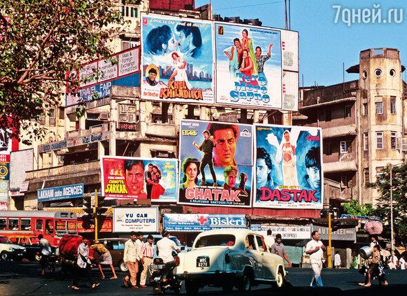 Болливуд и страсти, которые разыгрывают актеры в кино, неотъемлемая часть жизни каждого индийца
