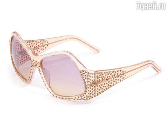 Большие очки необычной формы – это хит весны и лета 2013