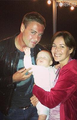Иван Николаев и Екатерина Редникова с сыном
