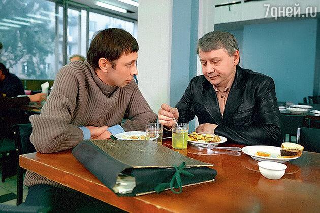 Олег Даль с Олегом Табаковым в фильме «Незваный друг». 1980 г.