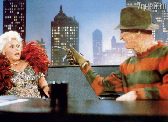 В детстве режиссера «Кошмара на улице Вязов» так напугал бродяга в полосатом свитере, чтоманьяка он нарядил так же