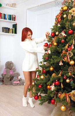 Марина: «Недавно я и представить себе не могла, что когда-нибудь еще буду наряжать елку у себя дома. Думала: это осталось в детстве, а теперь у меня совсем другая жизнь»