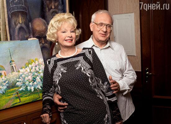 С мужем Юрием Извековым