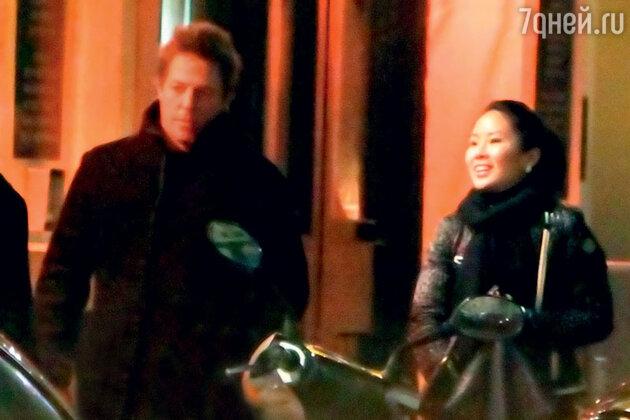 Китаянка Тинглан Хон родила Гранту двоих детей за время их романа, который он назвал «мимолетным». Лондон, 2011 г.