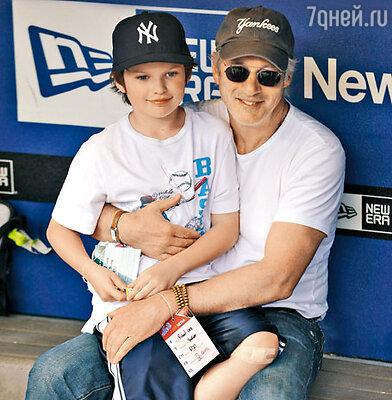 Ричард Гир и его сын Гомер