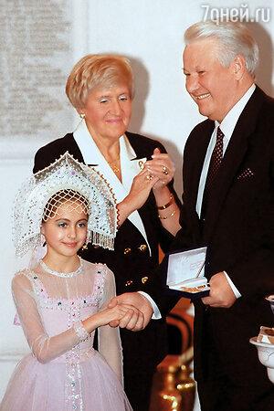 Анастасия Меськова с Б.Н. Ельциным