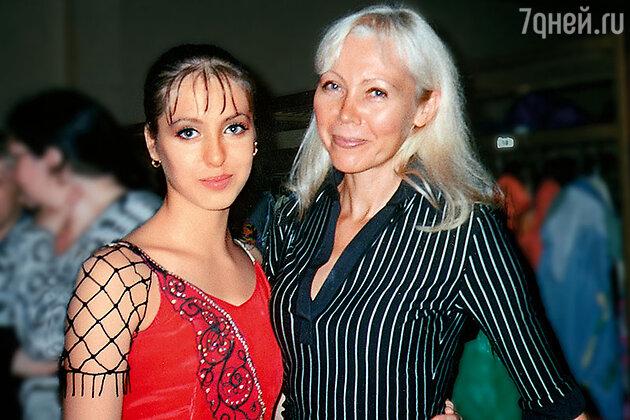 Анастасия Меськова с мамой