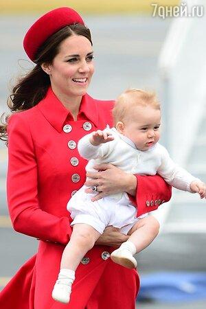 Кейт Миддлтон с сыном принцем Джоджем в Новой Зеландии