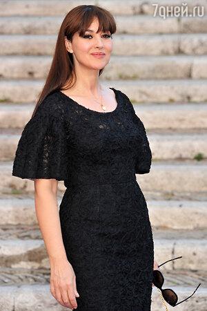 Моника Беллуччи в платье от Dolce&Gabbana