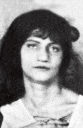 Жанна Эбютерн. 1919 г.