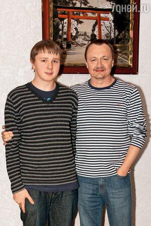 Владимир Шевельков с сыном Андреем