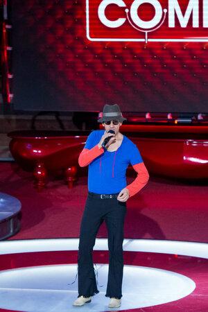 Итальянский певец Маурицио - двойник Адриано Челентано