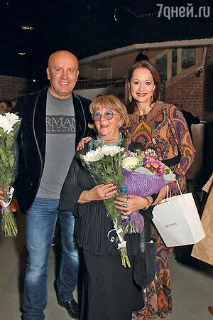 Алла Сурикова, Ольга Кабо