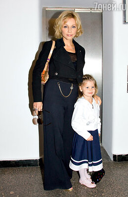 Марина Зудина с дочкой Машей