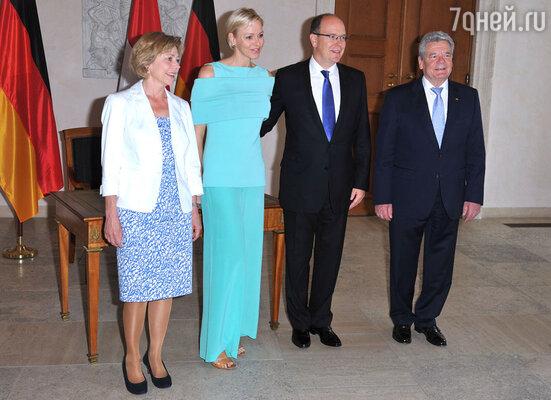 Даниэла Шадт, князь Монако Альбер с супругой Шарлен и президент Германии Йоахим Гаук