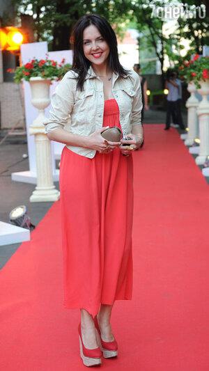 Ольга Шелест на вручении  премии «Топ 100 самых красивых людей Москвы»,  2011 год