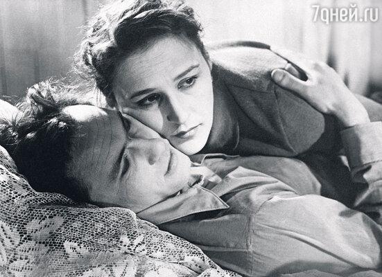 «После съемок Вася бахвалился, что, мол, НонкаМордюкова к нему неровно дышит»