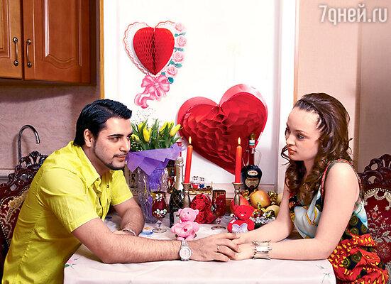 Александр и Ольга отметили День святого Валентина заранее — дома, подальше от любопытных глаз