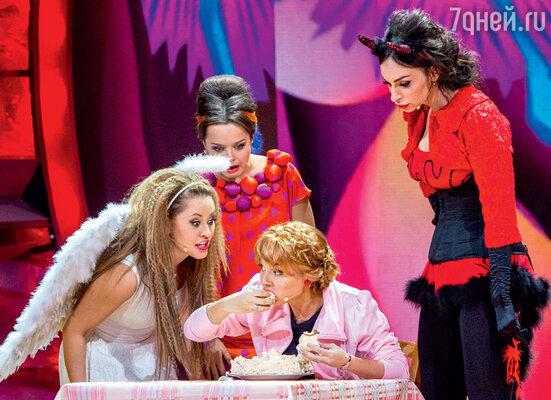 Звезды «Comedy Woman»: Татьяна Морозова, МарияКравченко, НаталияМедведева иЕкатерина Варнава