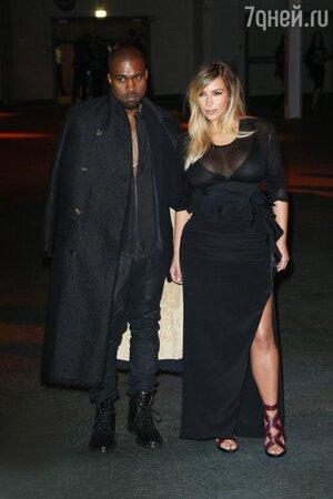 Канье Уэст и Ким Кардашьян в платье от Givenchy на показе Givenchy