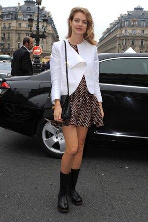 Наталья Водянова в платье от Stella McCartney на показе Stella McCartney